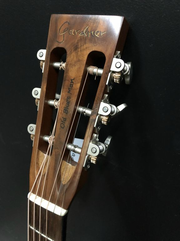 Old Blues Man Guitar Slotted Headstock